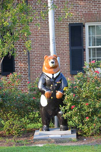 Bears in New Bern NC Police Statue Image