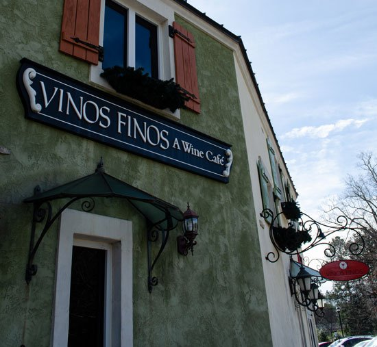 Vinos Finos Lafayette Village