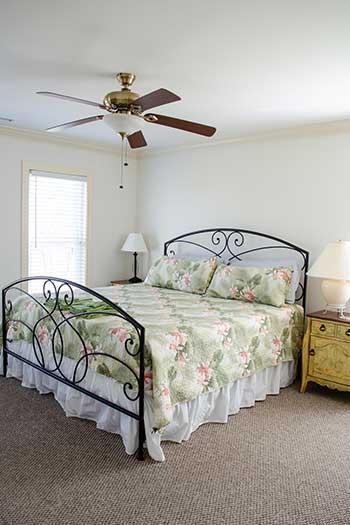 Topsail NC Sound n Sea First Floor Master Bedroom Image