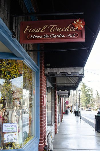 Downtown Blowing Rock NC Image