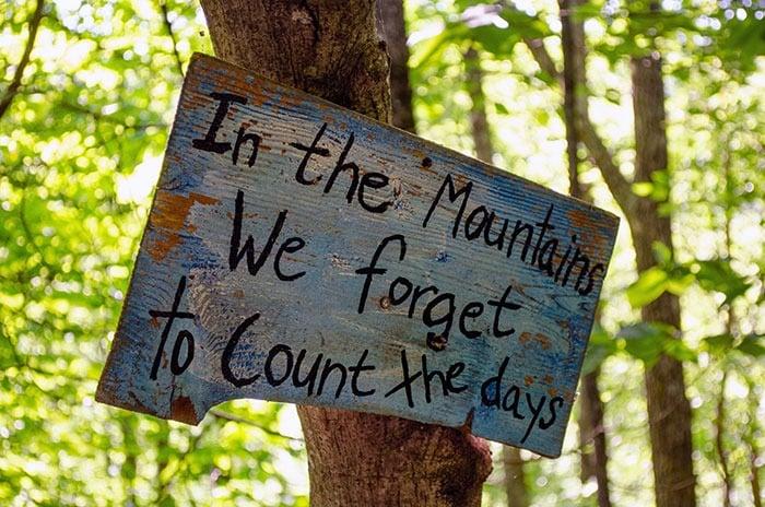 North Carolina Mountains Sign Image
