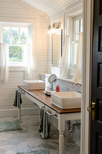 The Kinsleeshop Farm bathroom places to stay in Statesville NC