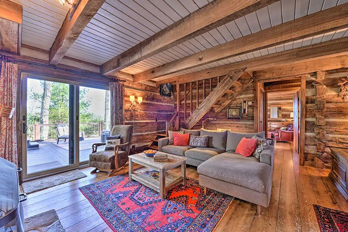 Rustic Courage Cabin Airbnb in Boone