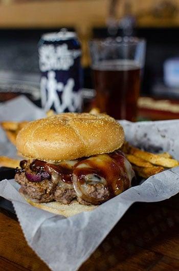 Dooleys Tavern restaurants in Wilkesboro