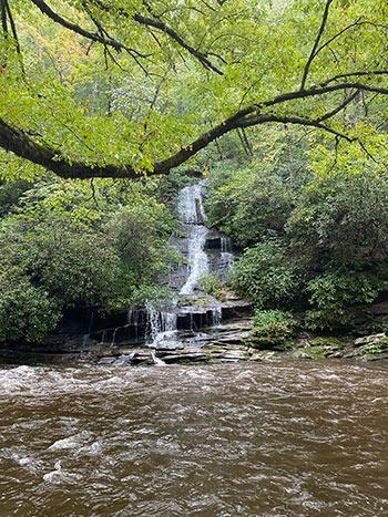 Romantic Getaways in North Carolina Deep Creek Trail Tom Branch Falls